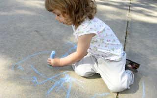 Как научить писать ребёнка-левшу: советы для родителей