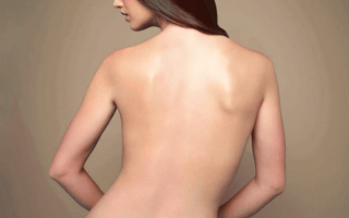 Как быстро убрать складки на спине