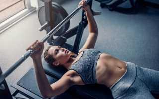 Упражнения для груди со штангой